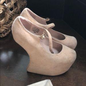 Vintage Jeffrey Campbell shoes